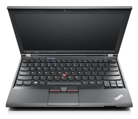 Lenovo Thinkpad x230 laptop szemből